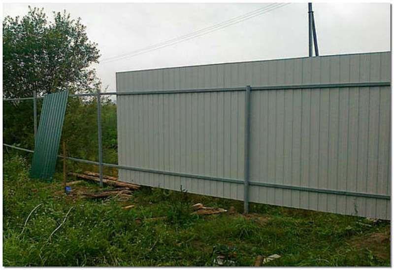 Забор из профнастила своими руками со столбиками фото